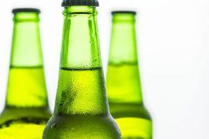 מה ההבדל בין בירה מהחבית לבקבוק בירה?